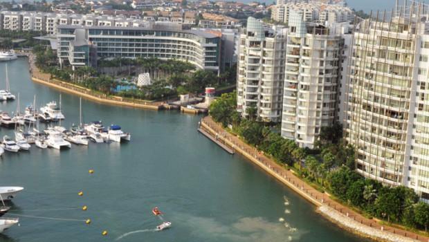 Singapore Yacht Show, April 2013