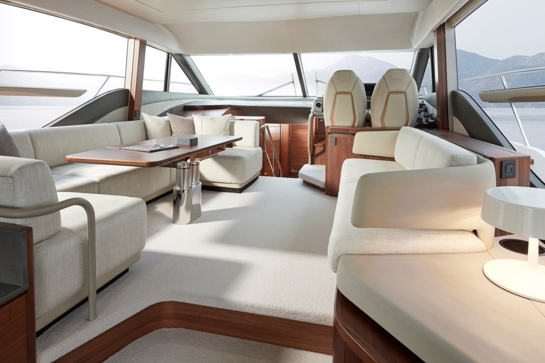 Princess F55 wins Best Flybridge up to 60ft