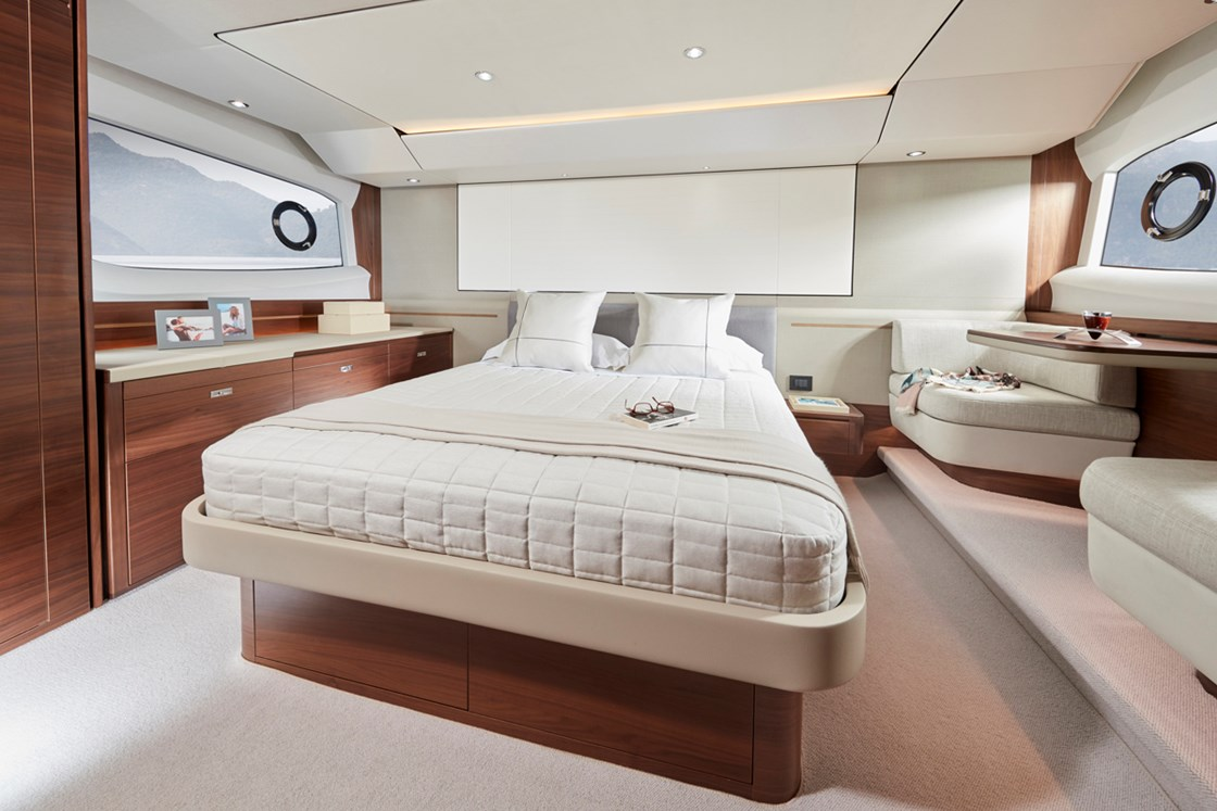 ASIA PREMIERE OF THE ALL-NEW PRINCESS 55 AT THE SINGAPORE YACHT SHOW