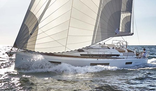 Join us to celebrate the Asian Premiere of the Jeanneau 440