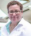 Nicole van de Wall | ผู้จัดการฝ่ายขาย