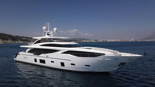 PRINCESS PRESENTS THE PRINCESS 30M, M/Y BANDAZUL