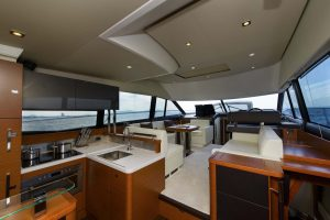 Prestige 500 15 boat lagoon yachting asia 39 s premier - Div style justify ...