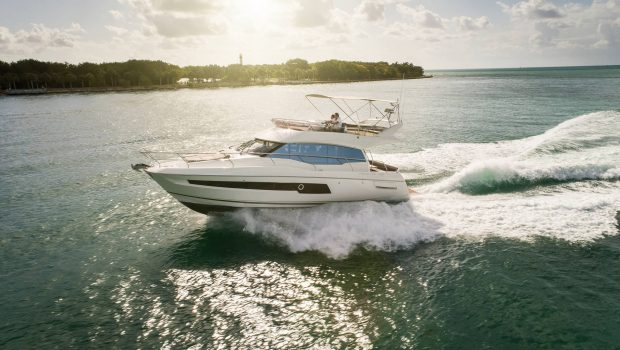 The PRESTIGE YACHT 460 is now available in a 3-cabin version