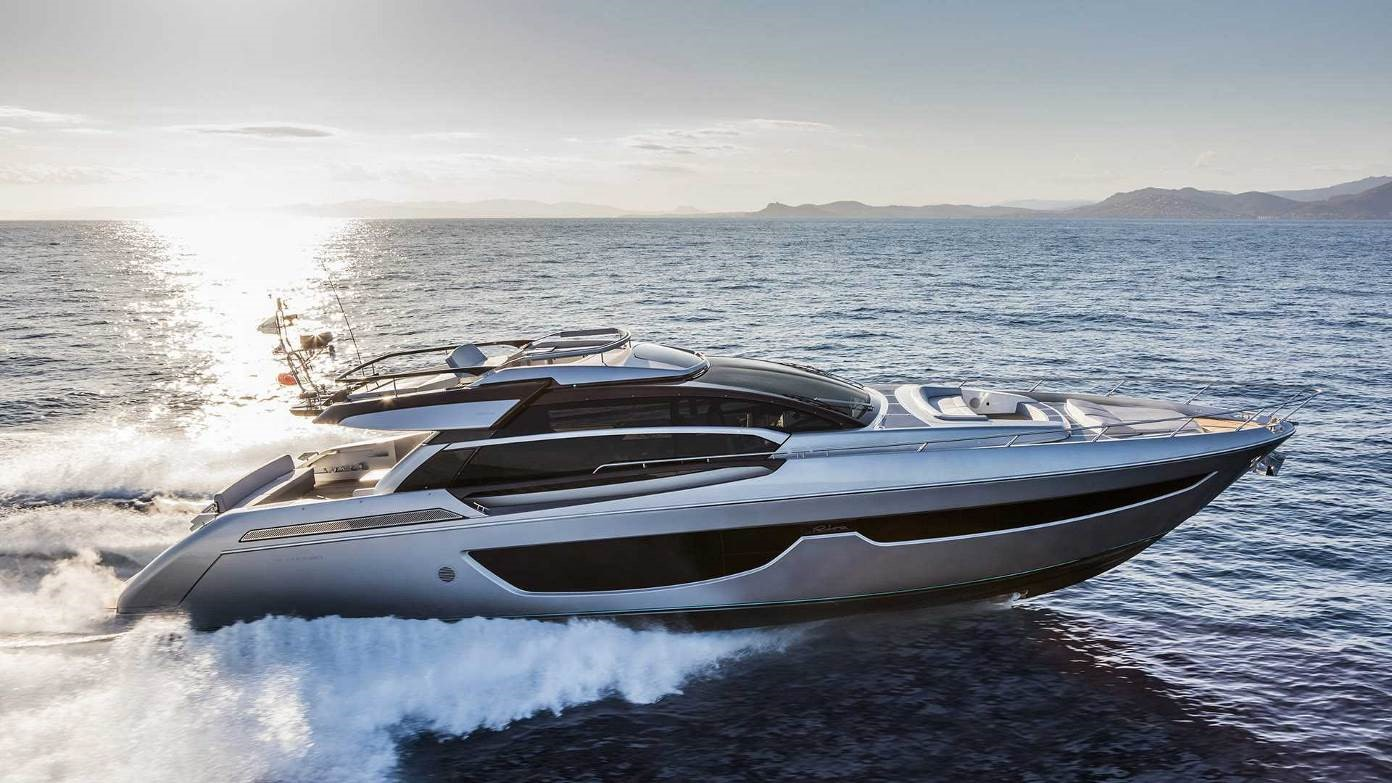17 boat lagoon yachting asia 39 s premier provider of a luxury yachting experience - Div style padding ...