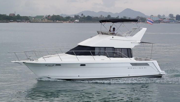 Bayliner 38 Flybridge
